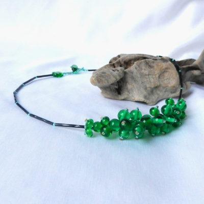 Halskette mit grünen Glasperlen,metallfrei