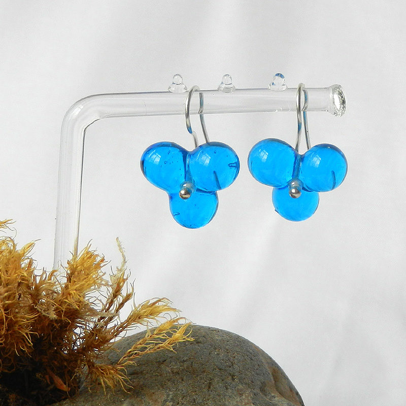Silber Ohrgehänge mit Glasperlen in türkis, Glasperlen Blumen Ohrringe, handgefertigtes Unikat von schmuckes Glas
