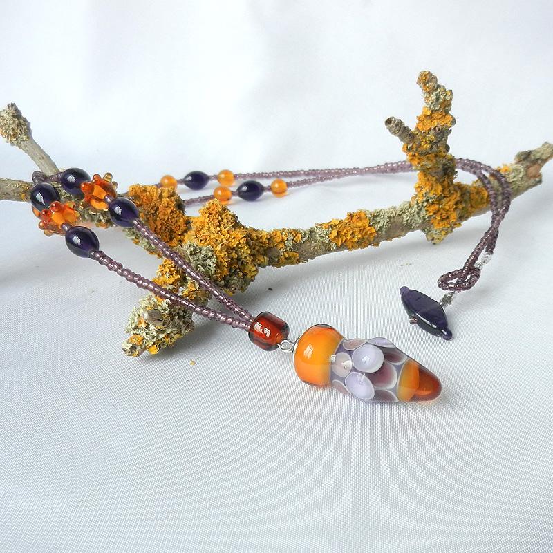 Kette mit Glasperlen, Fisch aus Glas, handgefertigt, lange Kette mit Perlen, von schmuckes Glas