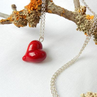 Anhänger rotes Herz, handgefertigter Schmuck aus Glas, rotes Herz von schmuckes Glas